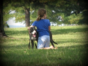 Niya and Betsy by Amber/ambiebambie39507  CC BY-NC-SA 2.0  Flickr